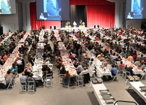 900 People Attend 20th Annual Legacy of Life Banquet